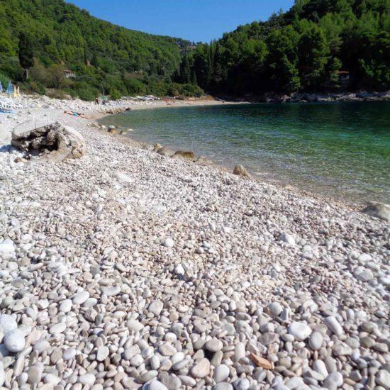 pebblestone beach Pupnatska Luka